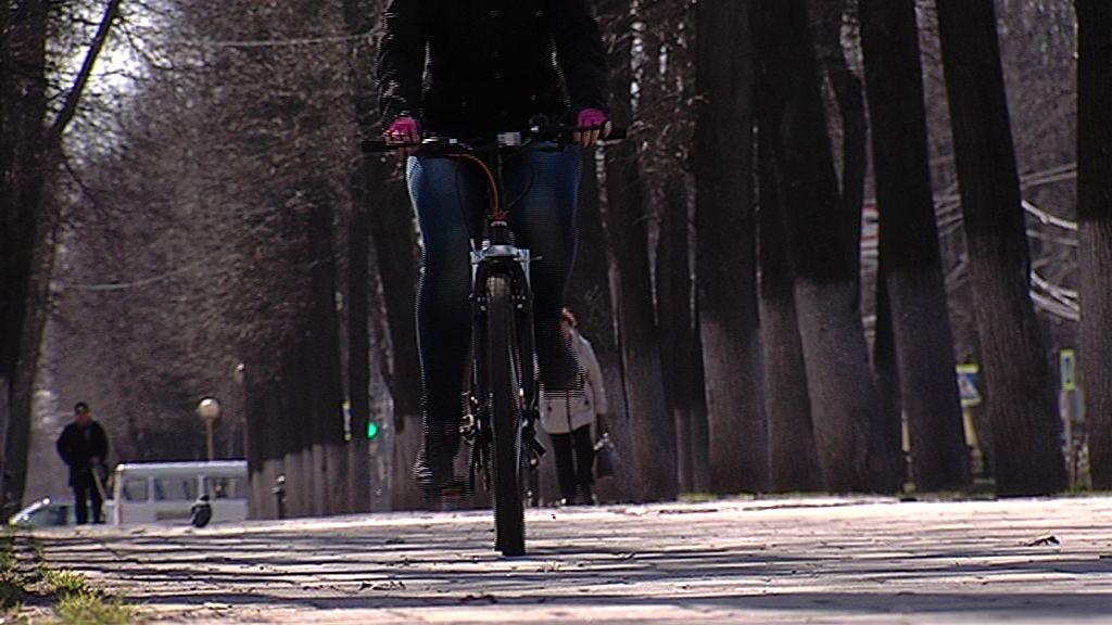 В Ростовском районе иномарка сбила ребенка на велосипеде