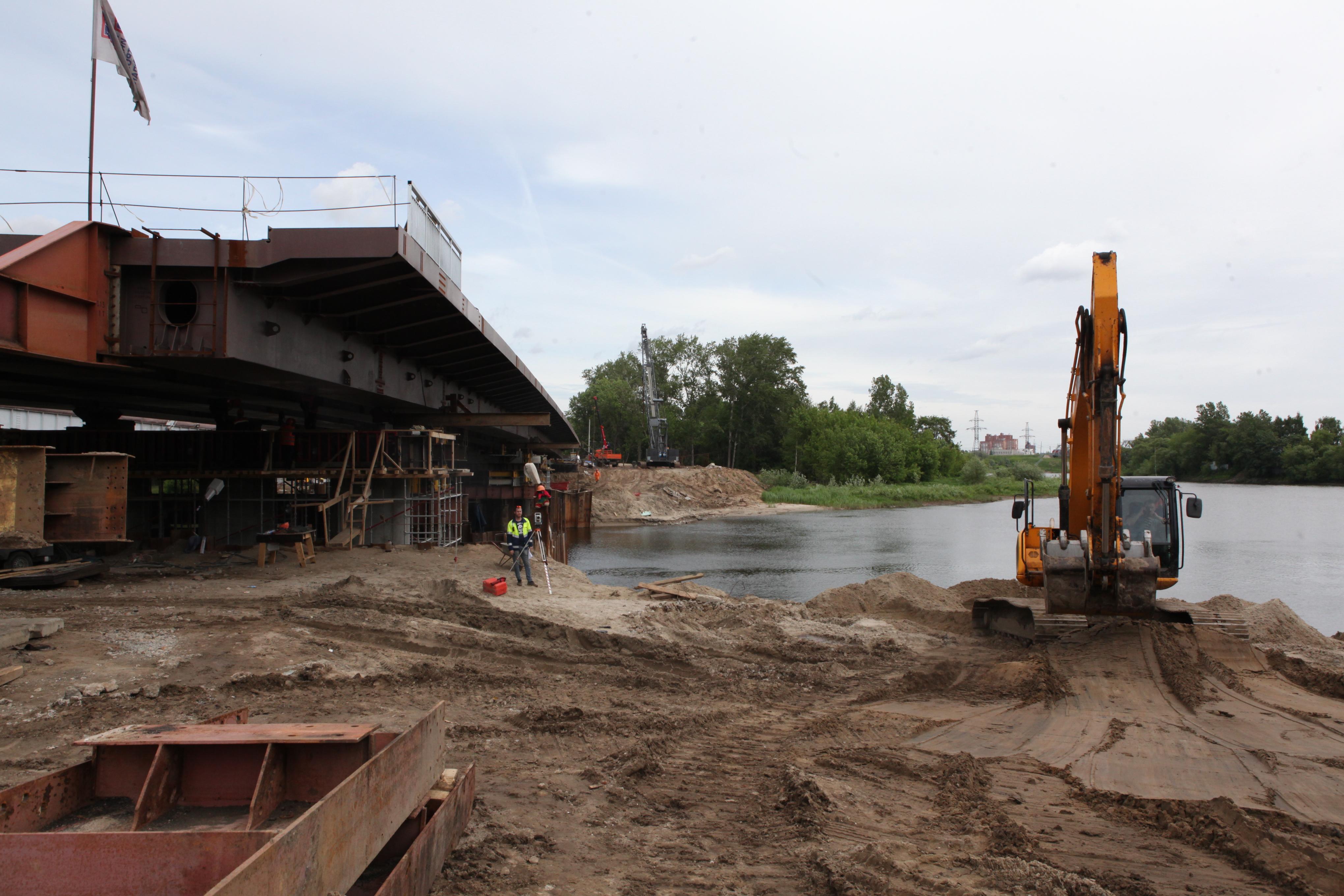 Движение по новому мосту через Которосль обещают открыть до конца июня