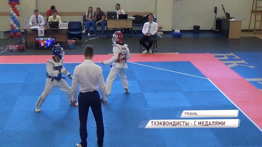 Ярославские тхэквондисты завоевали две медали на первенстве ЦФО