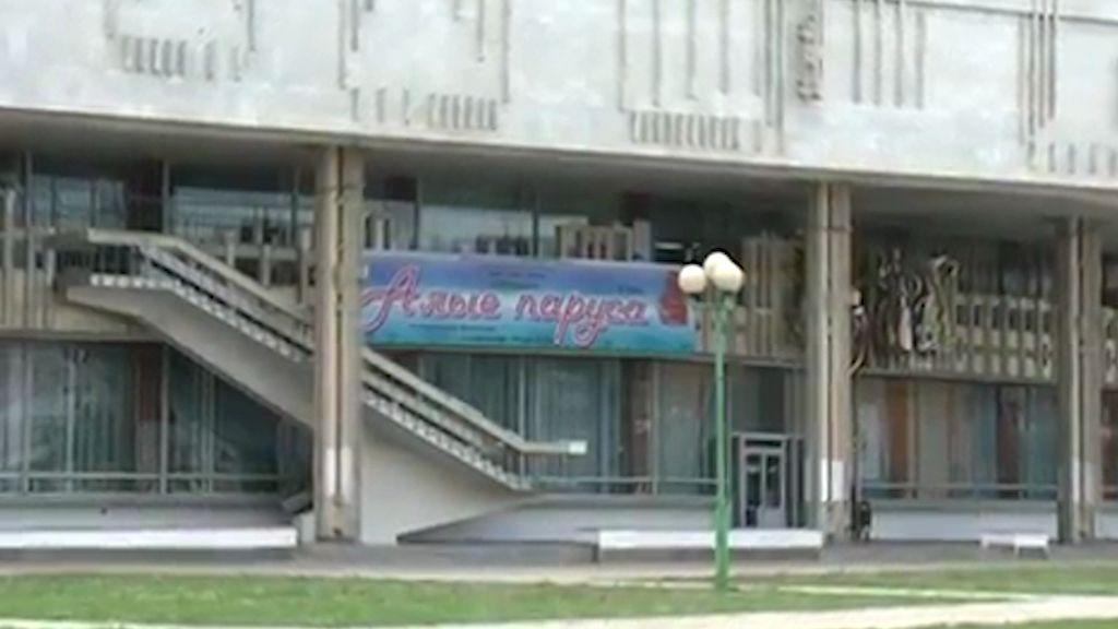 Владимир Слепцов потребовал изгнать «темные силы» с детской площадки у ТЮЗа