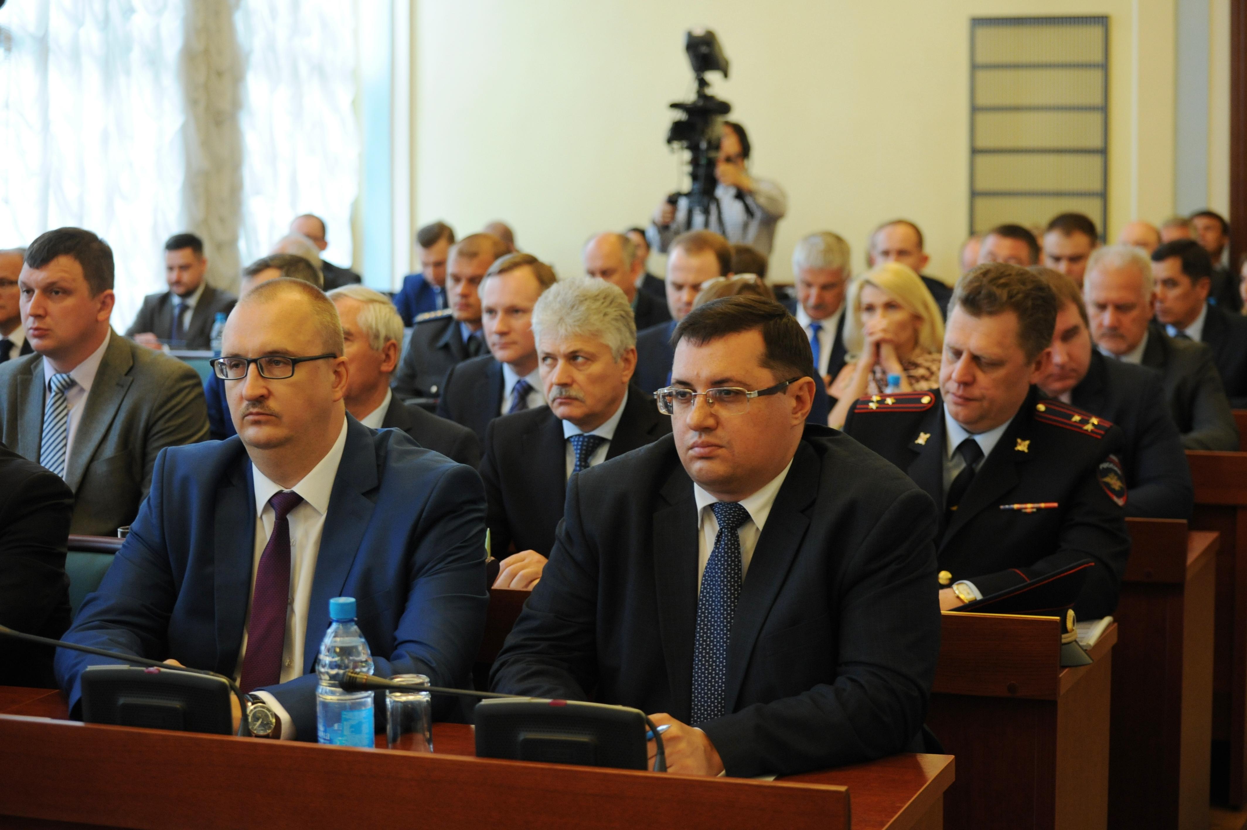 На заседании областного правительства обсудили вопросы убыточных предприятий и поддержки малого и среднего бизнеса