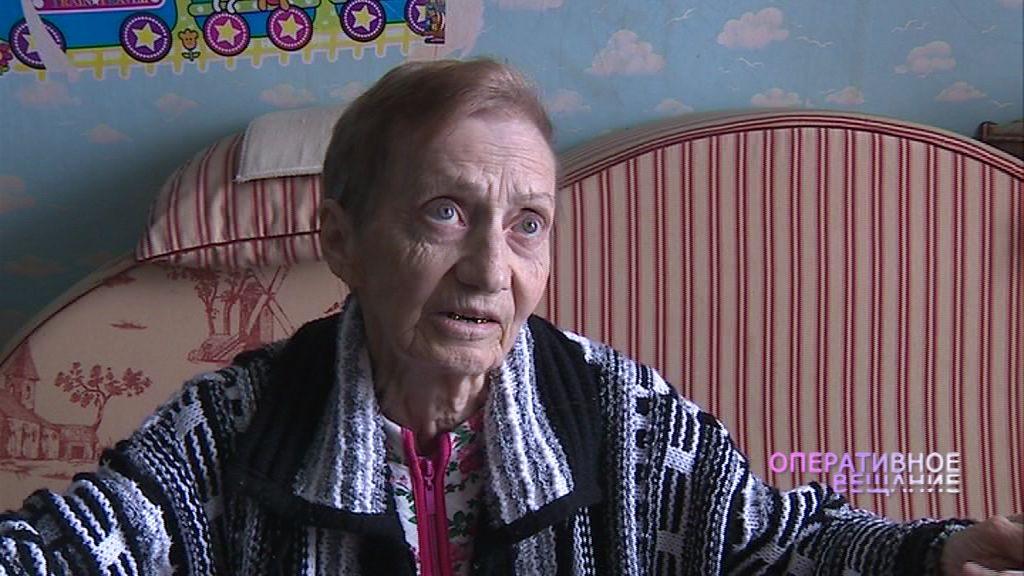 Настоящий подвиг: 81-летняя женщина помогла жителям загоревшегося дома вовремя покинуть квартиры