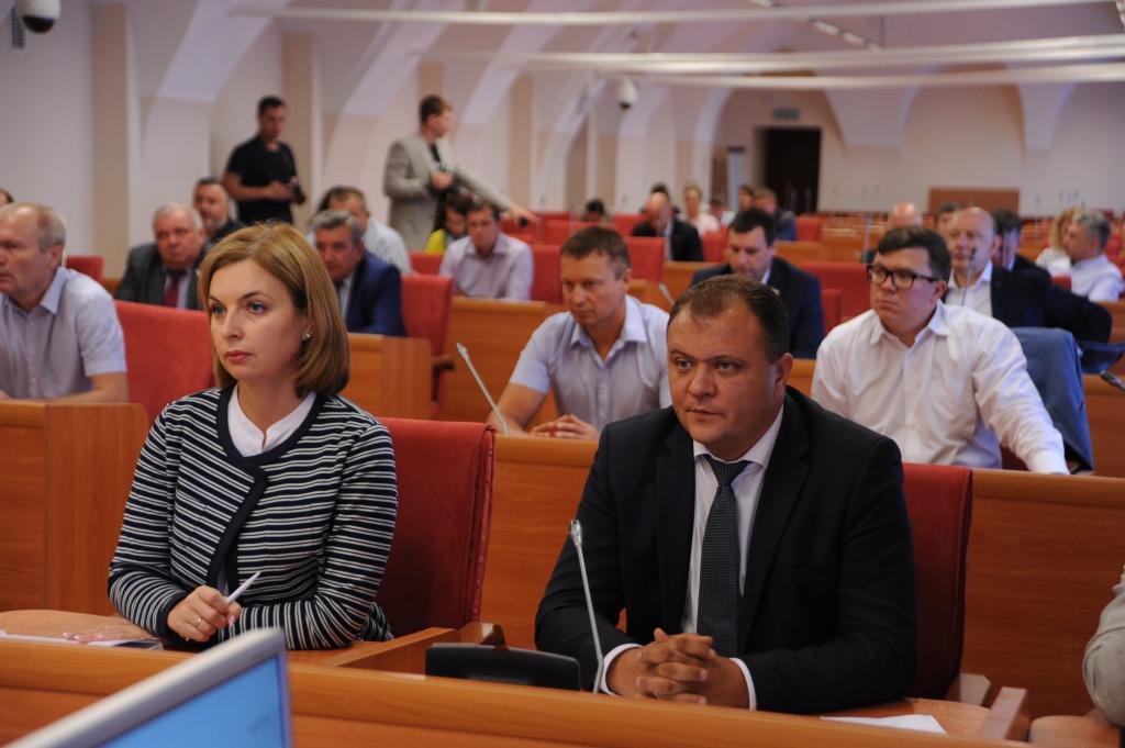 Областные и городские депутаты обсудили новую экологическую политику: какие предложения внесены