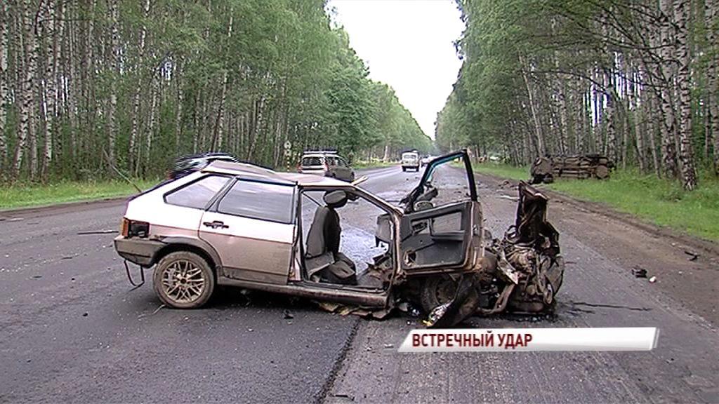 В ДТП в километре от Лесных Полян серьезно пострадал человек: подробности