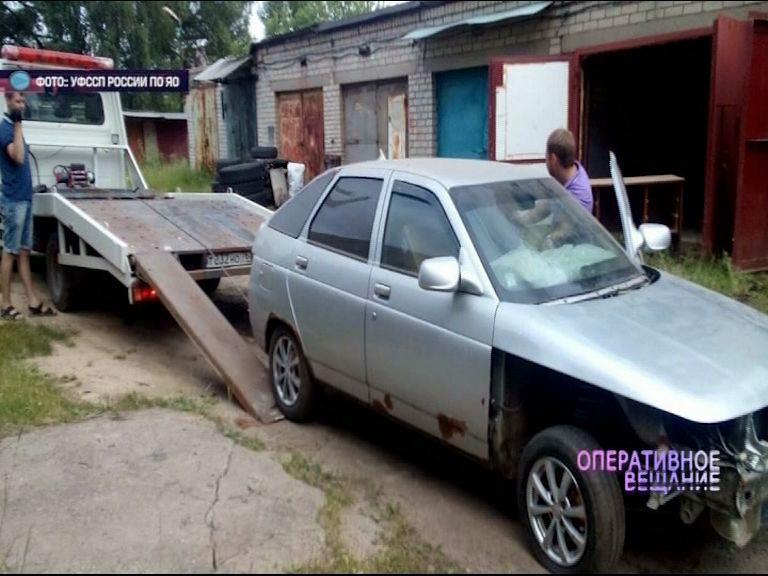 Судебным приставам пришлось «выселять» ярославца, захватившего чужой гараж