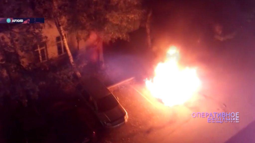 В Ярославле сгорела очередная «легковушка»
