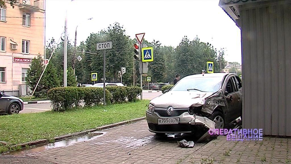 ДТП с пятью пострадавшими в Ярославле: подробности