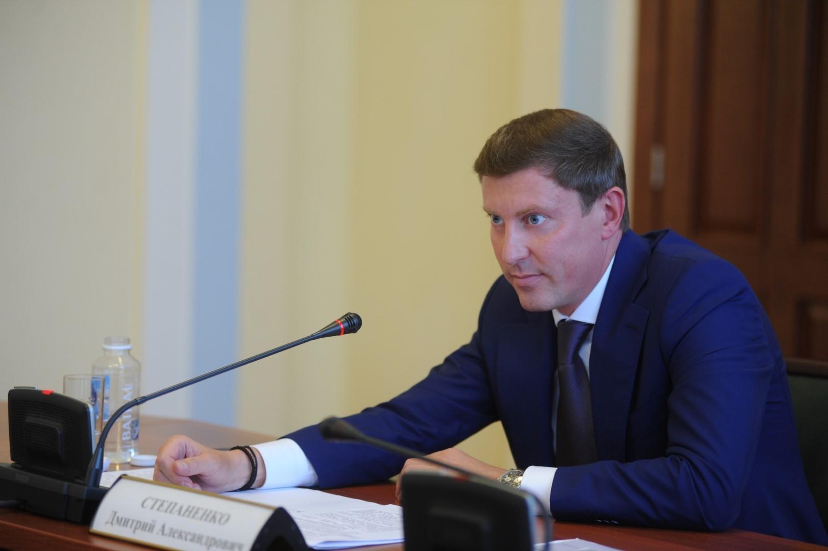 Дмитрий Степаненко: «Будем жестко реагировать за нарушение графика вывоза мусора»