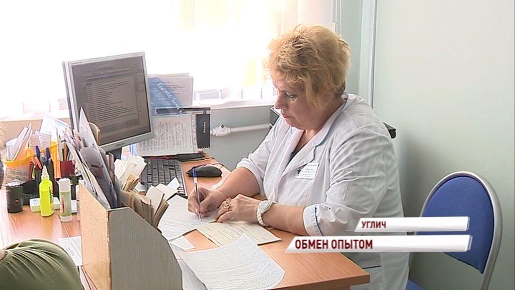 Медсестра из Углича в 60 лет не расстается с работой: почему пенсионерка не ушла на заслуженный отдых