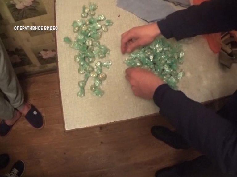 В Ярославле задержали молодого наркоторговца с крупной партией наркотиков