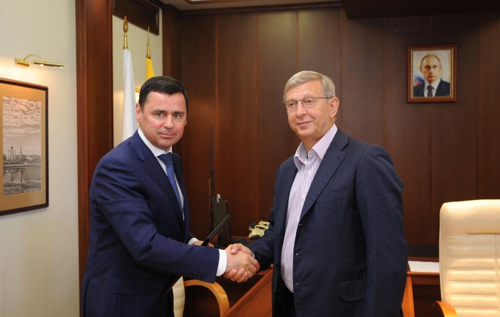 Дмитрий Миронов подписал соглашение с крупной корпорацией: что это даст региону