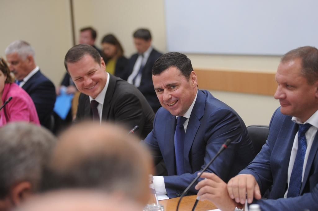 Дмитрий Миронов провел встречу с руководителями ведущих промышленных предприятий Ярославской области