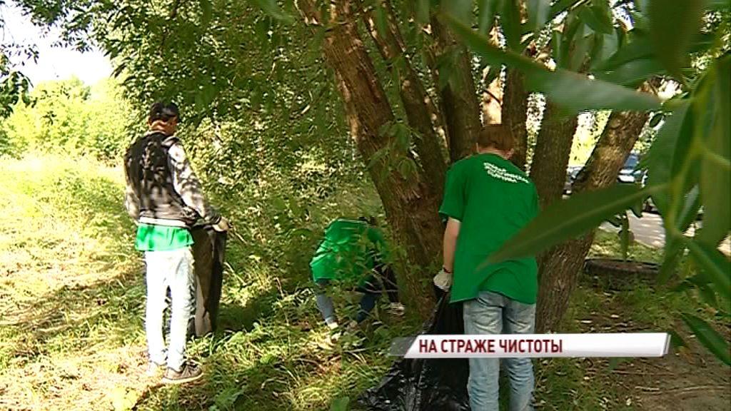 Волонтеры «Экодесанта» навели порядок на пустыре во Фрунзенском районе