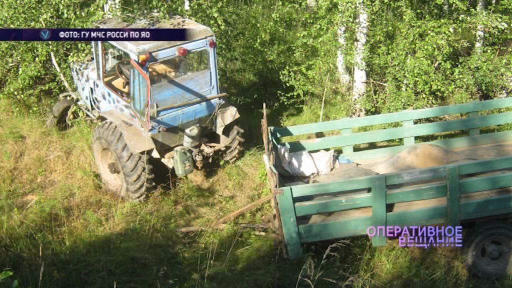 Тракторист не справился с управлением и «улетел» в кювет: есть пострадавшие