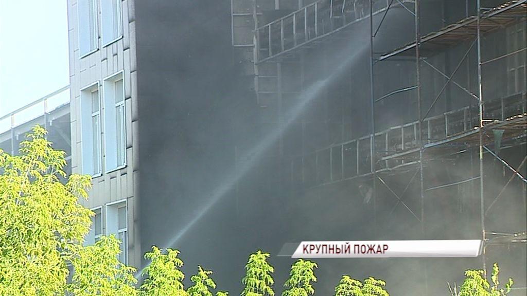 Стали известны подробности сильного пожара на Полушкиной Роще
