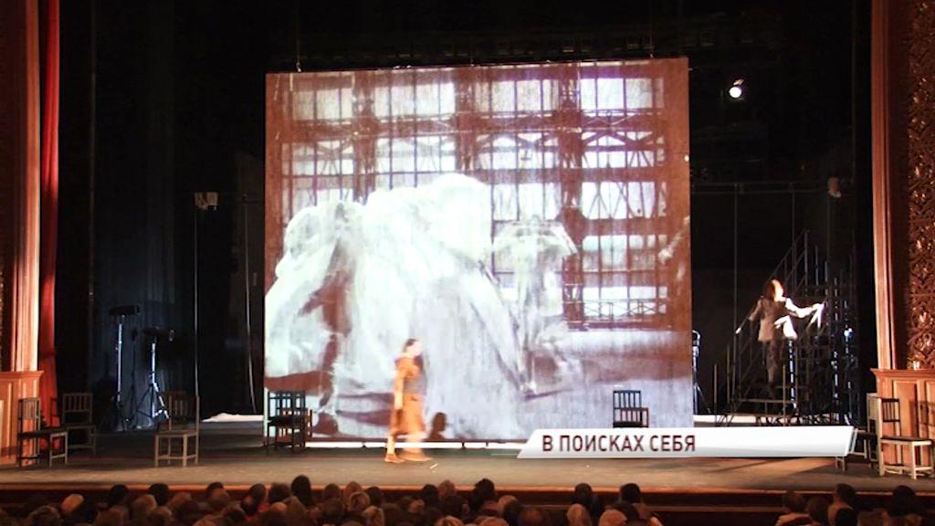 Театр имени Волкова готовится к фестивалю: какой премьерой удивит зрителей Первый Русский