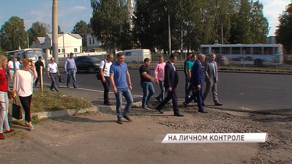 Областное правительство обязало мэрию благоустроить территорию на отремонтированном проспекте Авиаторов
