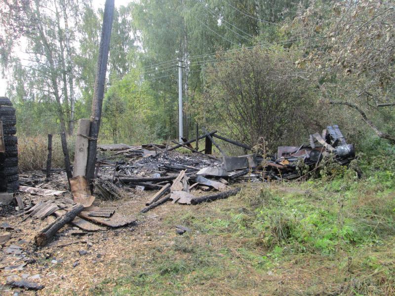 В Рыбинске женщина подожгла баню соседки, потому что та ей не очень нравилась