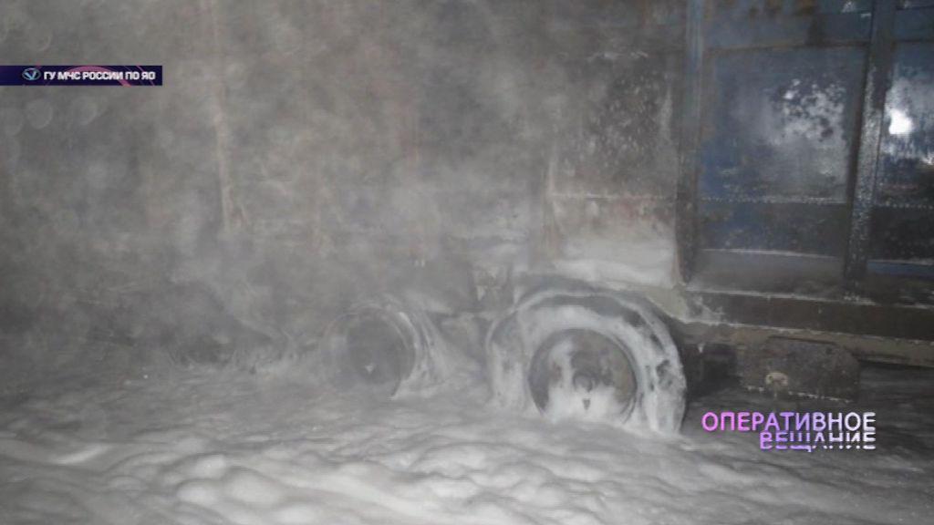 На трассе в Пошехонском районе вспыхнул грузовик