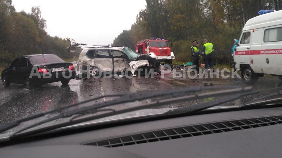 В страшном ДТП на дороге Ярославль-Рыбинск погибли пять человек