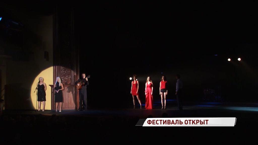 Театр Ермоловой показал «Утиную охоту», а режиссером стал худрук Волковского