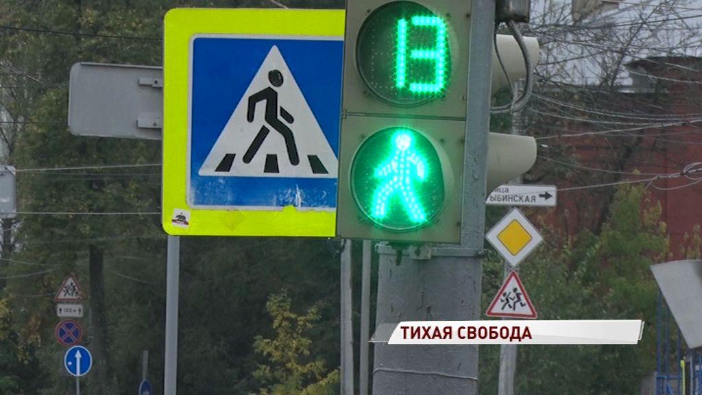 Водители бьют тревогу: путь от цирка до площади Волкова по улице Свободы занимает уже 20 минут