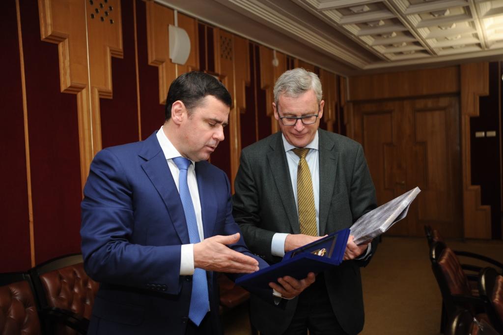 Дмитрий Миронов предложил австрийскому послу развивать сотрудничество
