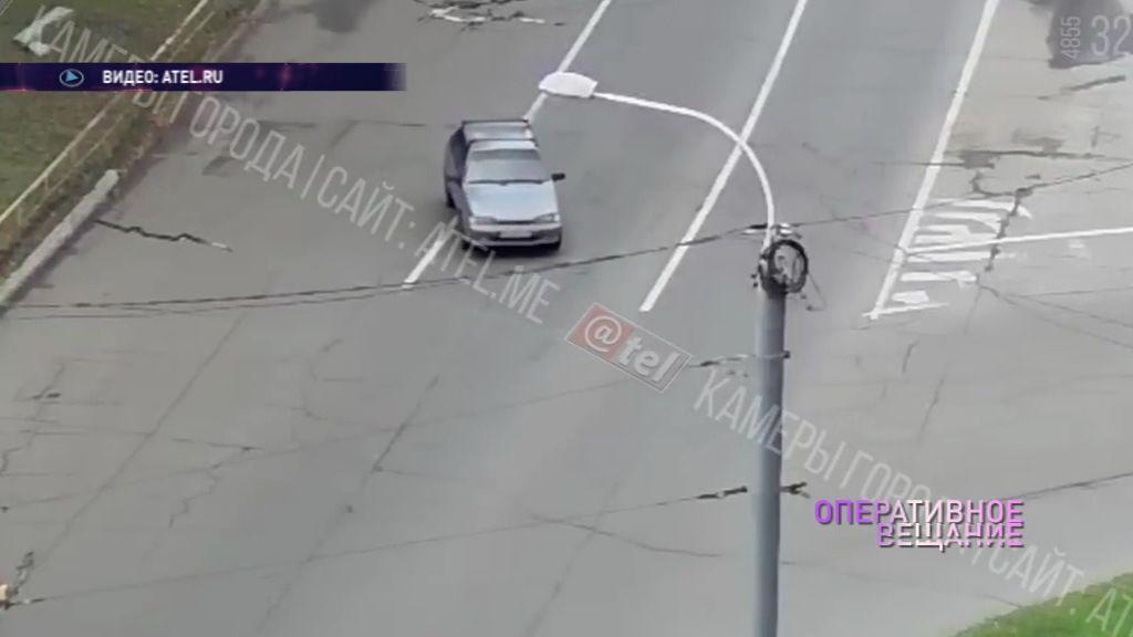 ВИДЕО: В Рыбинске отечественное авто попыталось «сбежать» от своего водителя