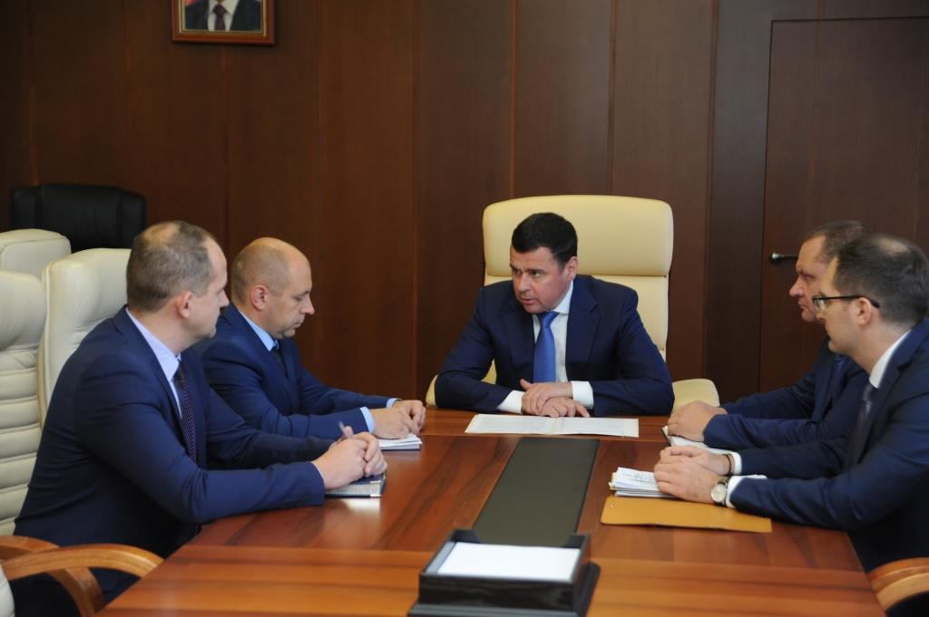 Дмитрий Миронов провел рабочее совещание с новым главой Некоузского района