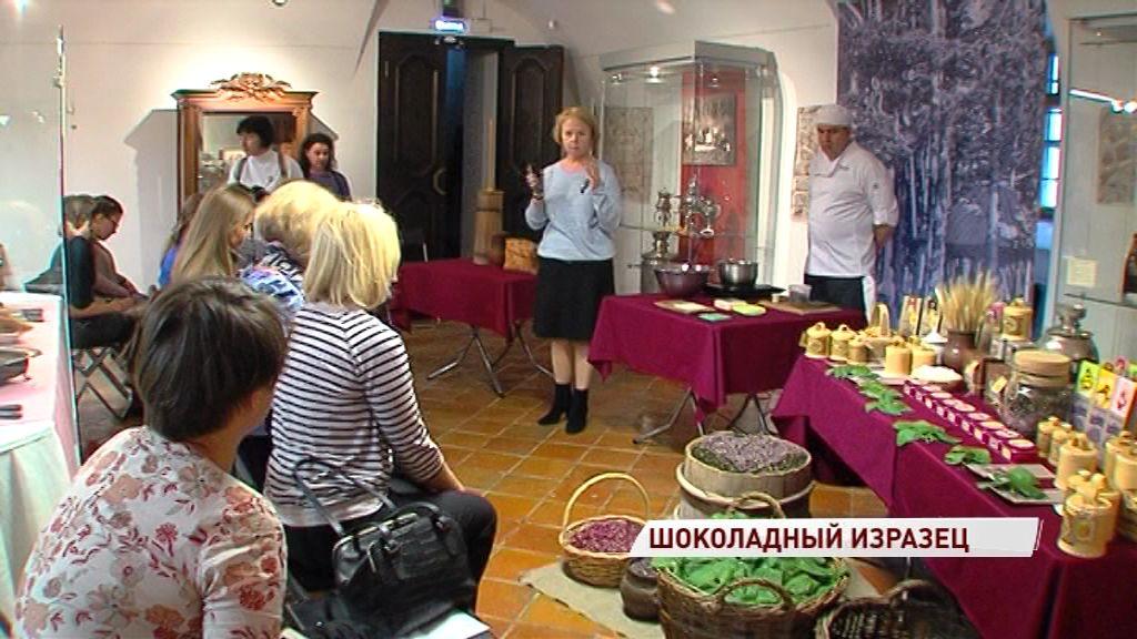 Знаменитый ярославский изразец можно попробовать на вкус: музей-заповедник запустил мастер-класс