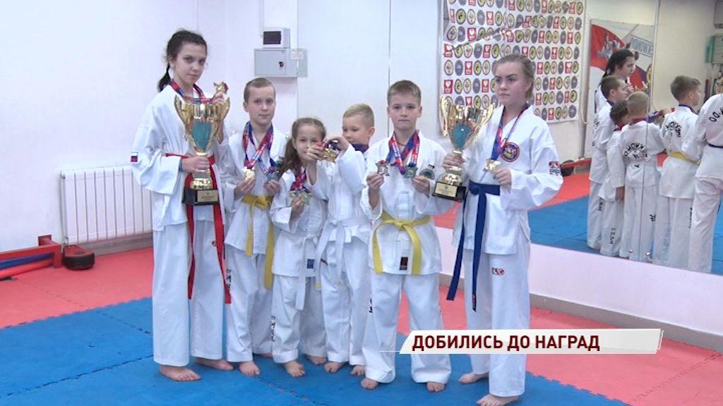 Ярославские тхэквондисты привезли 45 медалей с престижных соревнований в Москве
