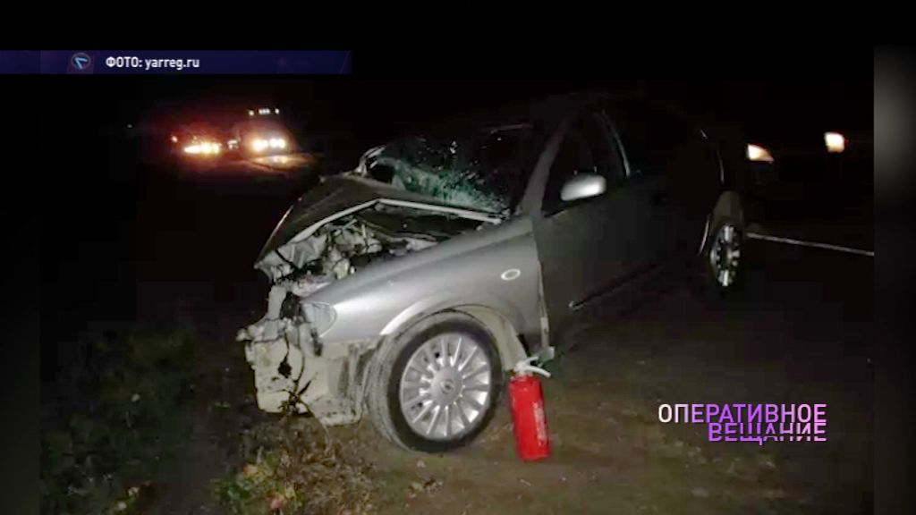 На М8 не разъехались два автомобиля: есть пострадавшие