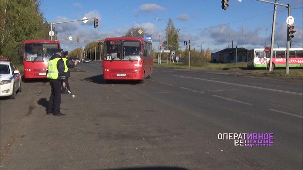 В Дзержинском районе прошел рейд по маршруткам: какие нарушения нашли