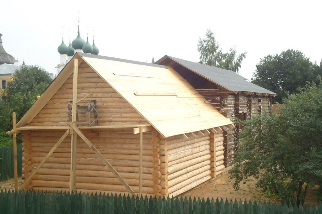 Предпринимателю придется снести постройки, которые загородили вид на Ростовский кремль