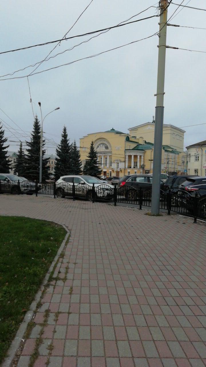 У Волковского запретят оставлять машины