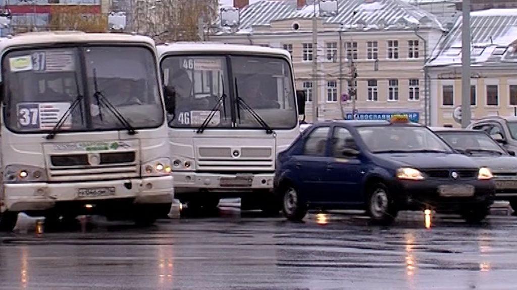 Сотрудники ГИБДД оштрафовали восемь водителей маршруток