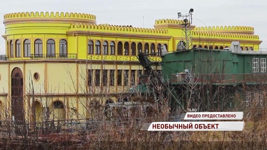 В зоне ЮНЕСКО в Ярославле может разместиться дебаркадер-дворец