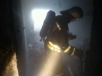 Появились первые кадры с места пожара, в котором погибли трое детей