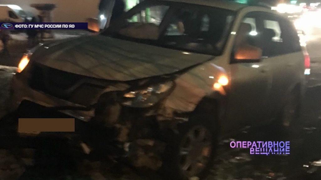 В Ярославле не разъехались две иномарки: автомобили серьезно пострадали