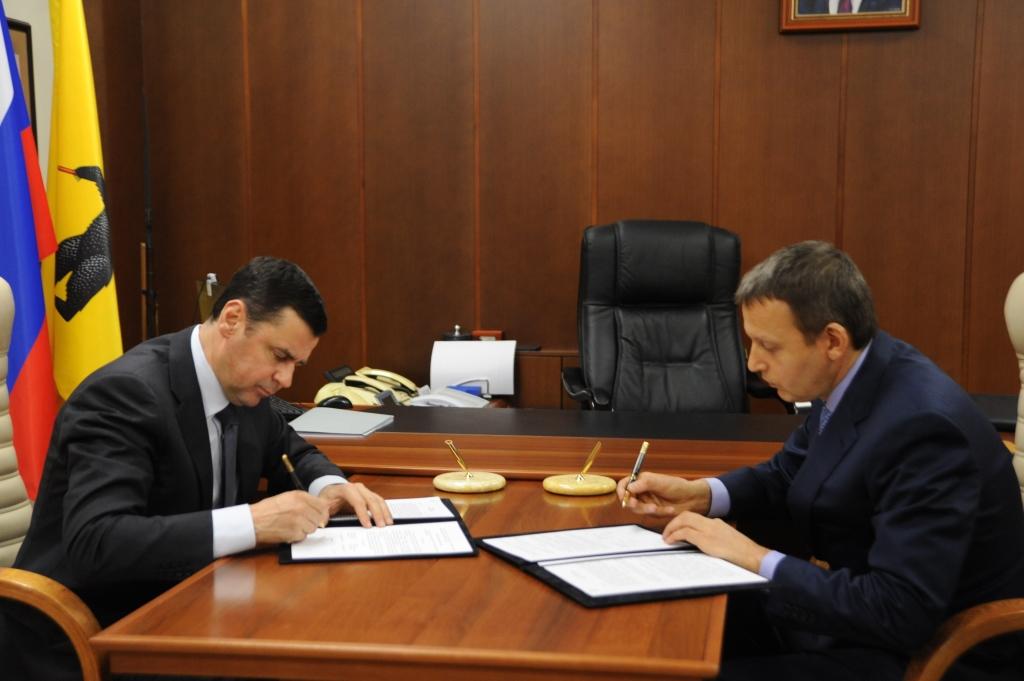 Дом на Фрунзе, 77 все-таки достроят: Дмитрий Миронов подписал соглашение с подрядчиком