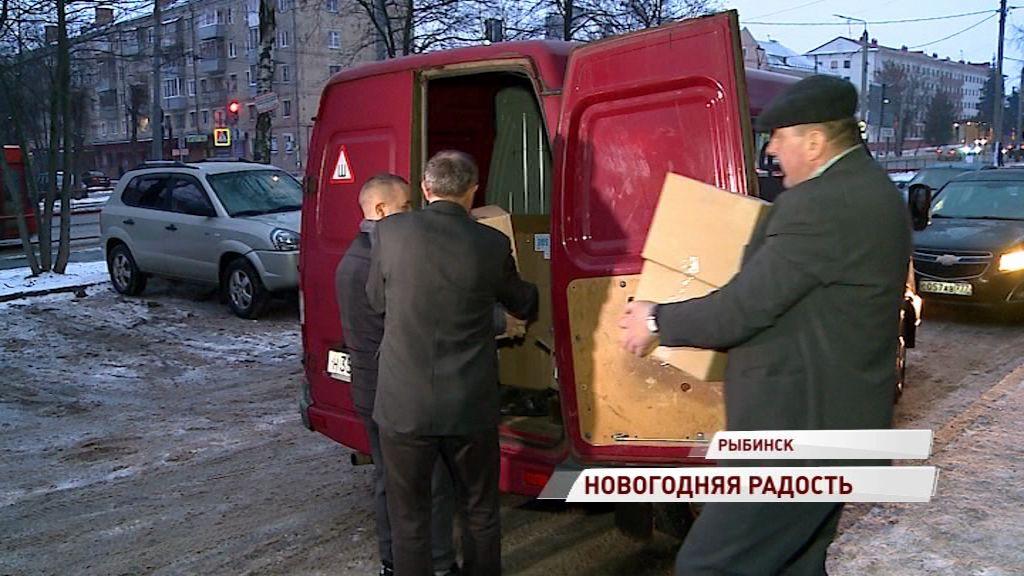 Рыбинцы отправили детям Донбасса сладкие подарки к Новому году