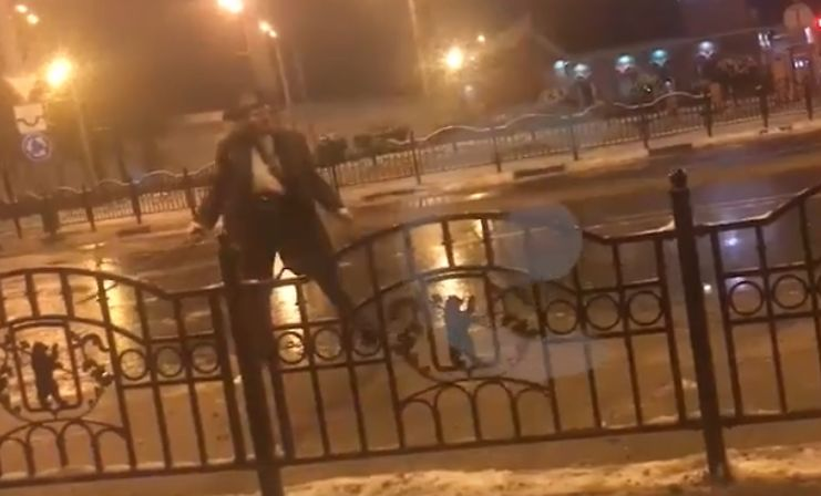 В центре Ярославля дебоширил пьяный пират