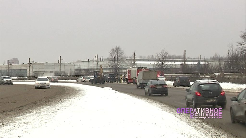 МЧС предупреждает о гололедице и снежных заносах на дорогах