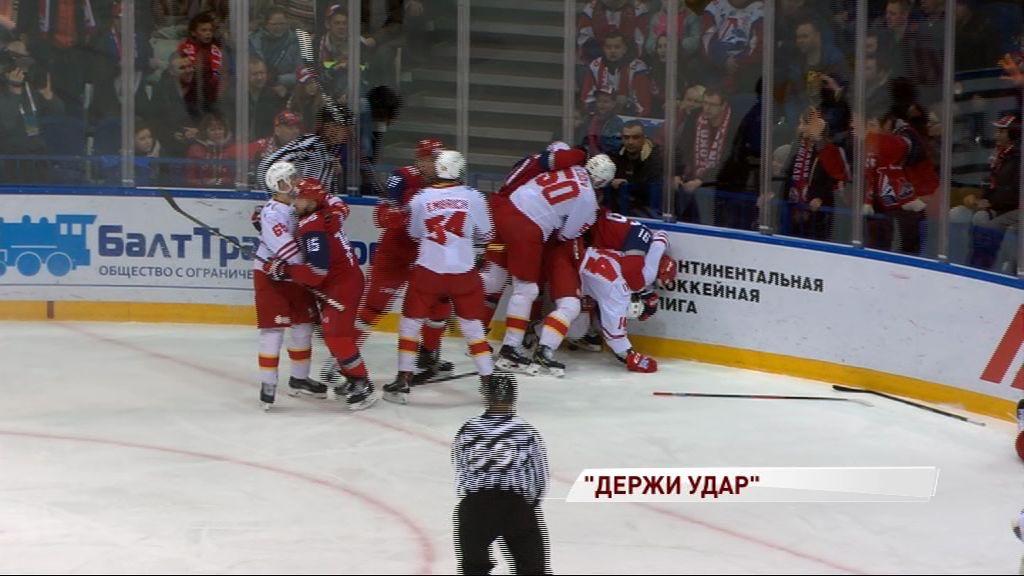 Артур Каюмов пропустит 13 матчей за удар лайсмена: справедливо ли наказание