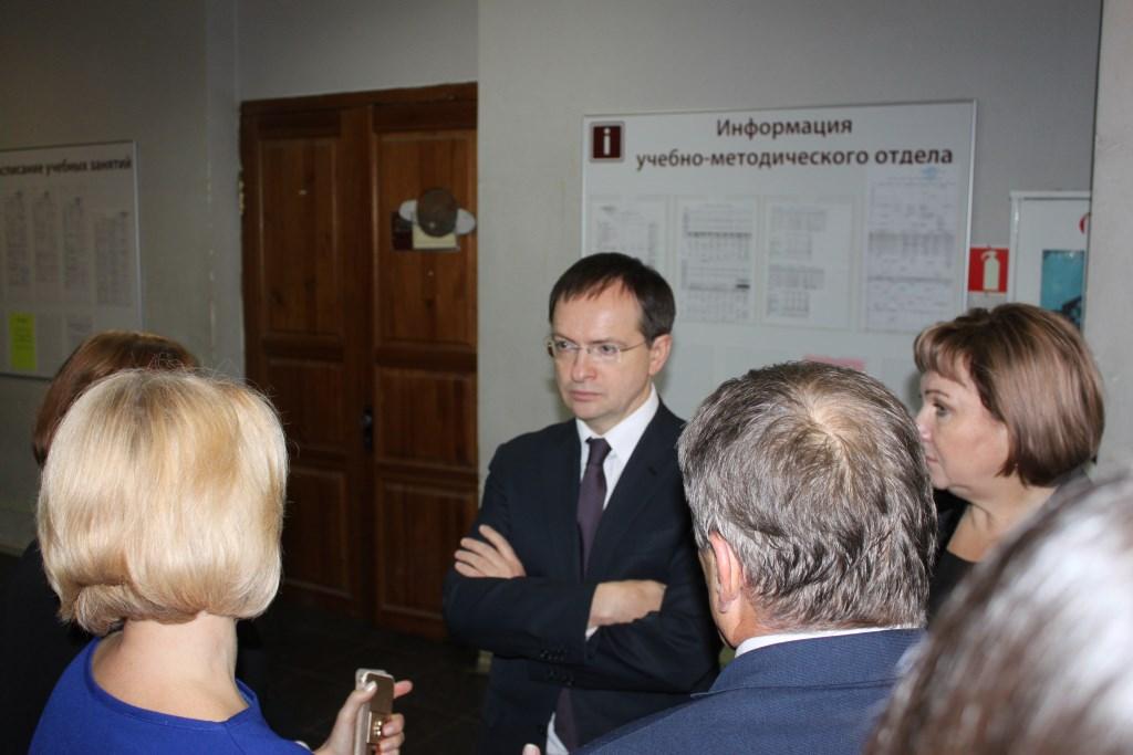 Минкульт рассмотрит вопрос строительства общежития для студентов Ярославского театрального института