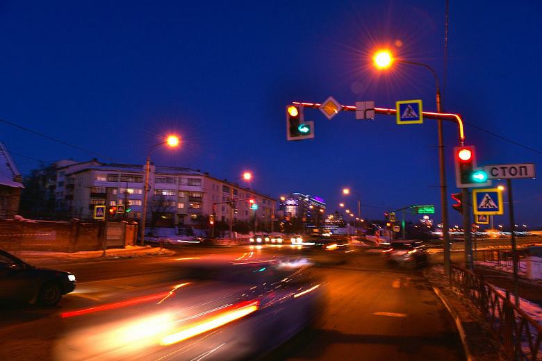 На дорогах Ярославля установят более 80 светофорных консолей