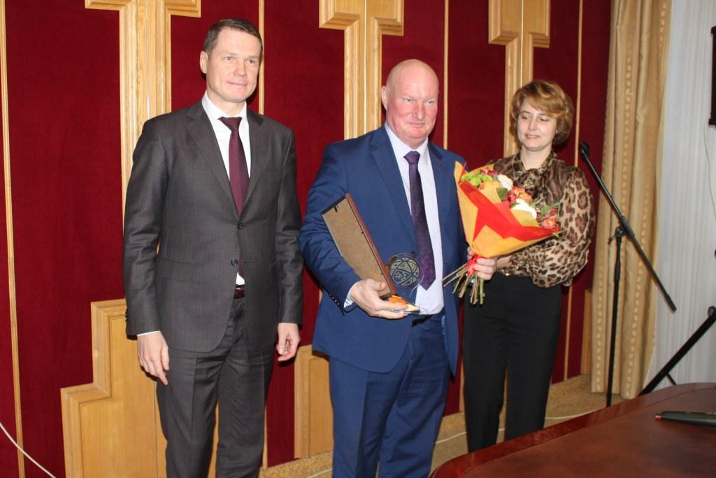 В областном правительстве наградили лучших экспортеров