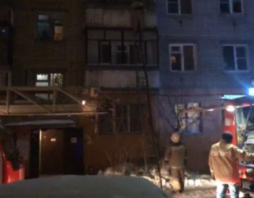 ВИДЕО: По лестнице на третий этаж. Оставленная на газу кастрюля напугала жителей дома в центре Ярославля