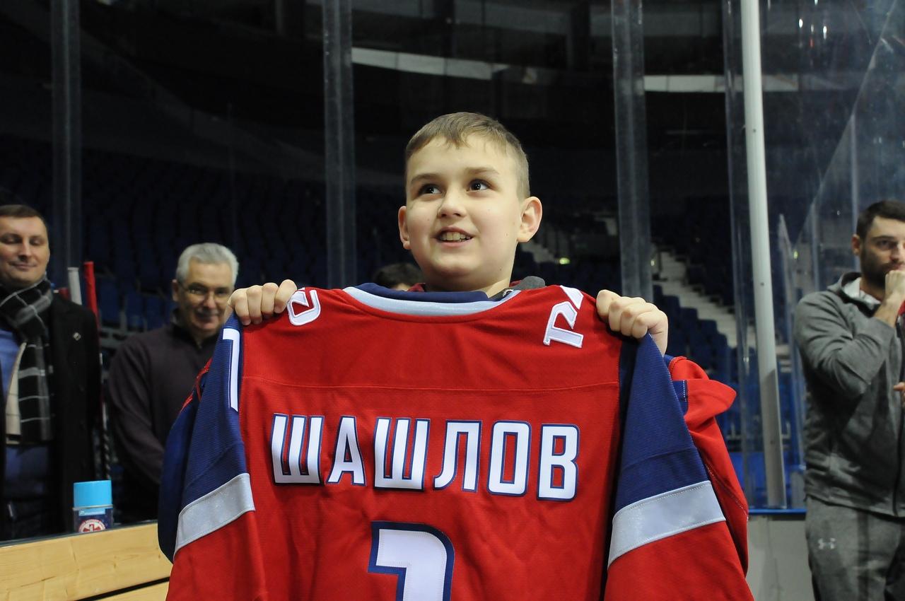 Новогодний подарок: 10-летний Глеб Шашлов потренировался с «Локомотивом»