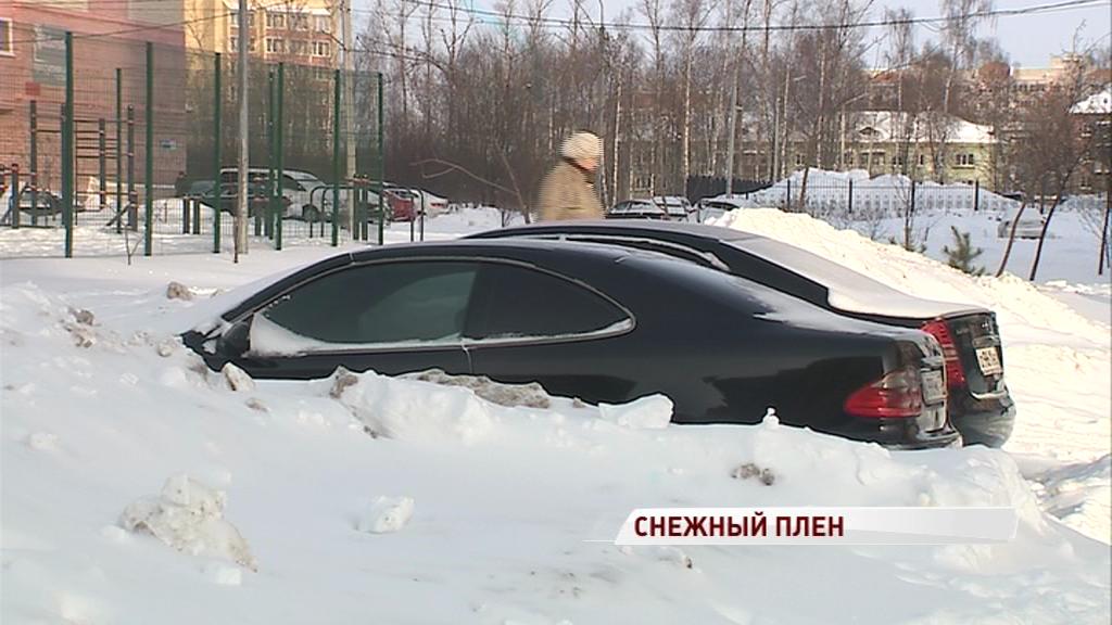 Пробки, колейность, сугробы: как Ярославль боролся с последствиями метели